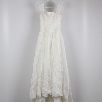 Svatební šaty krémové zdobené