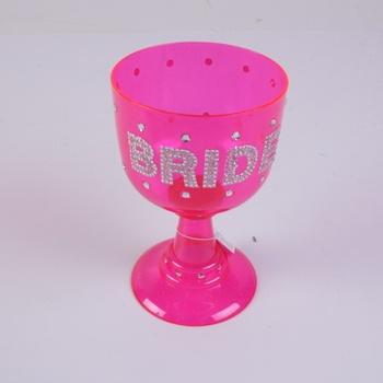 Plastový pohár Goblet růžový