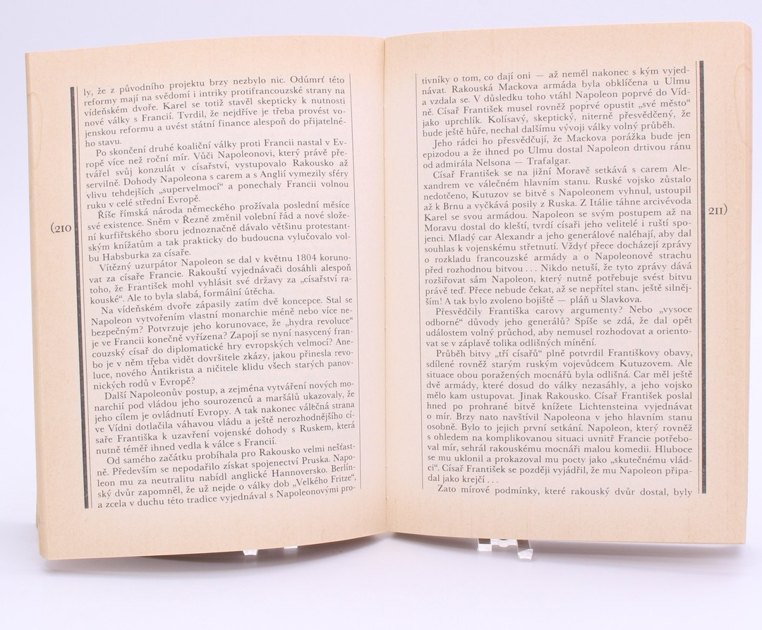Kniha Galandauer, Honzík: Osud trůnu habsburského