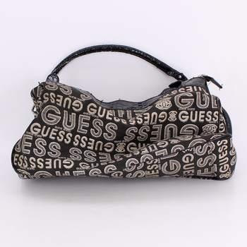 e92663a390 Dámská kabelka Guess odstín černé