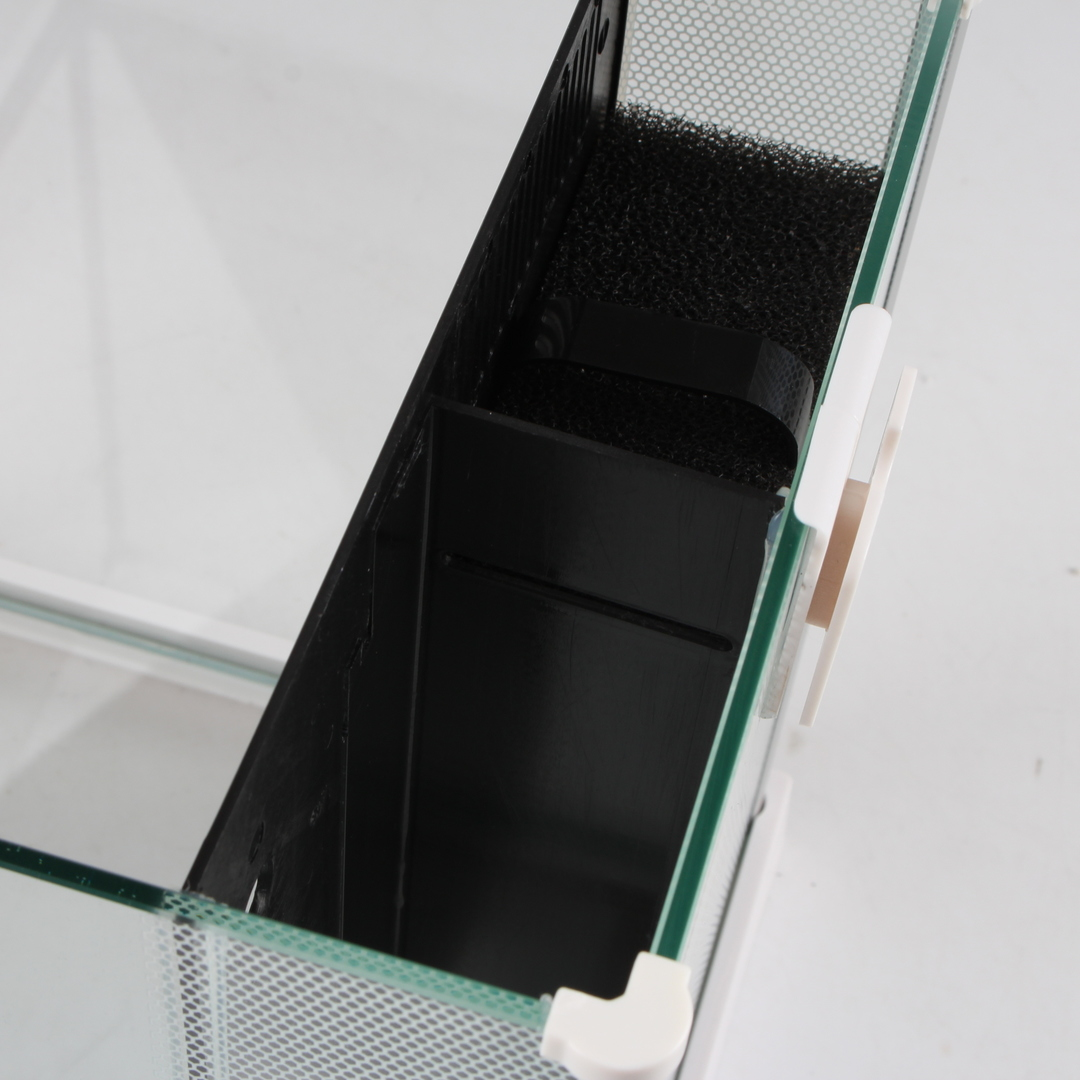 Akvarium s příslušenstvím Fluval SPEC III