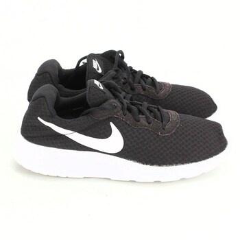 Dámské tenisky Nike 812655 vel.40
