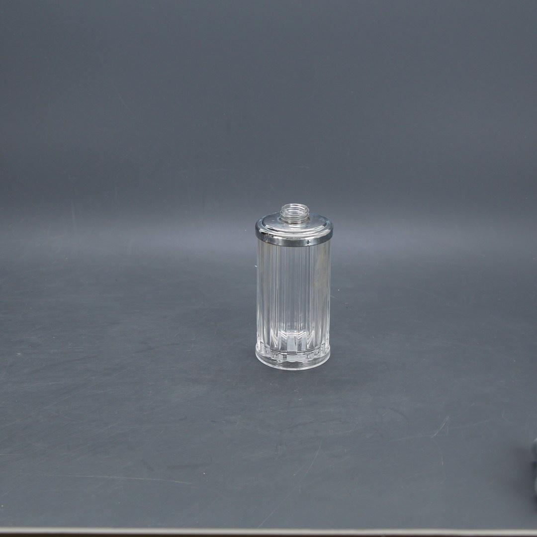 Plastový dávkovač tekutého mýdla