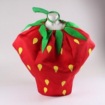 Karnevalový kostým ve tvaru jahody