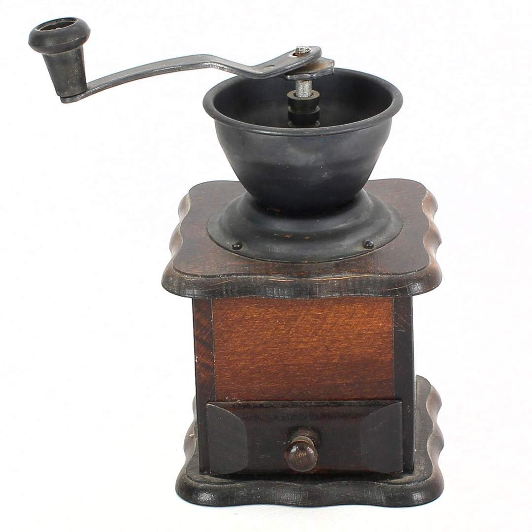 Ruční mlýnek na kávu