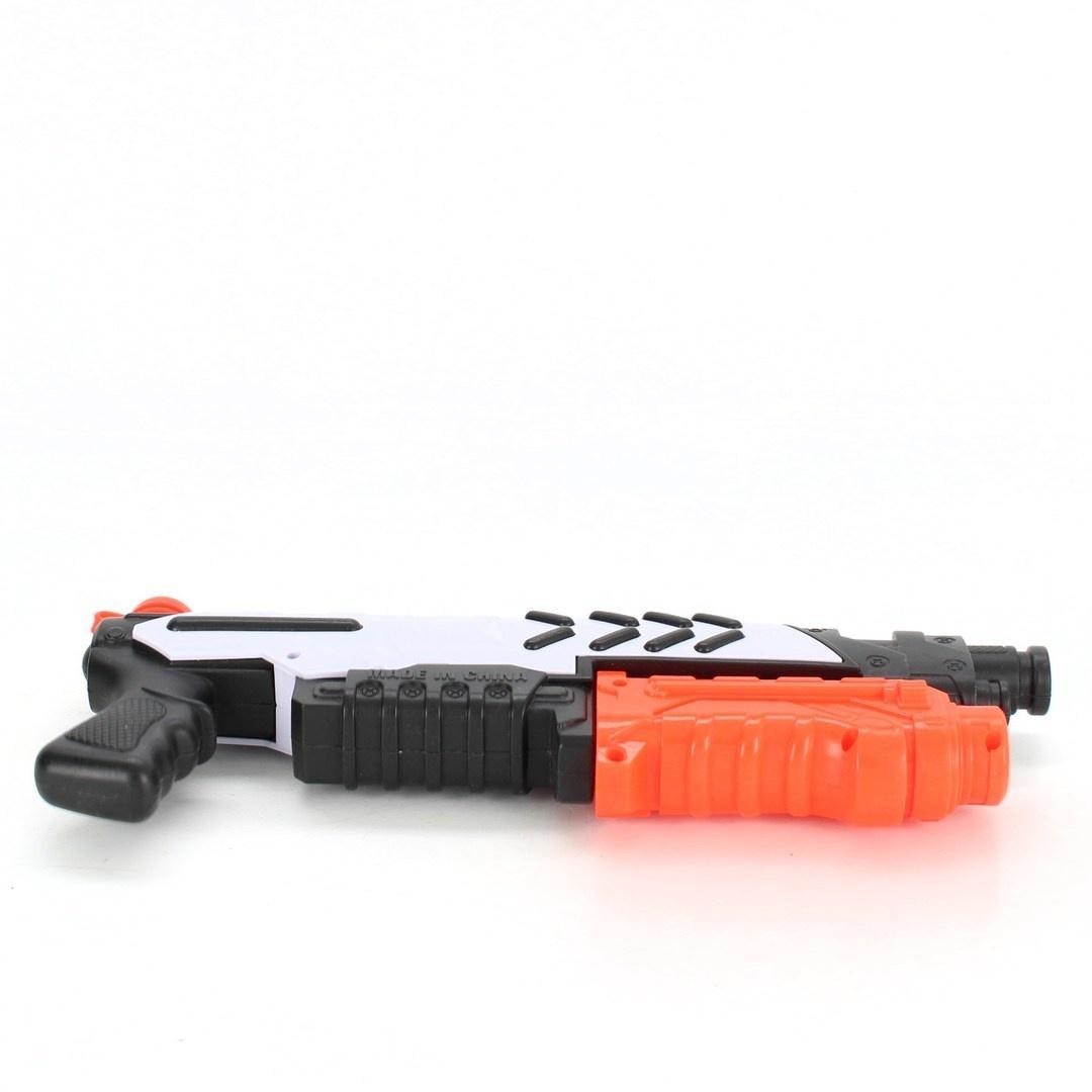 Stříkací pistole napájená z baterie