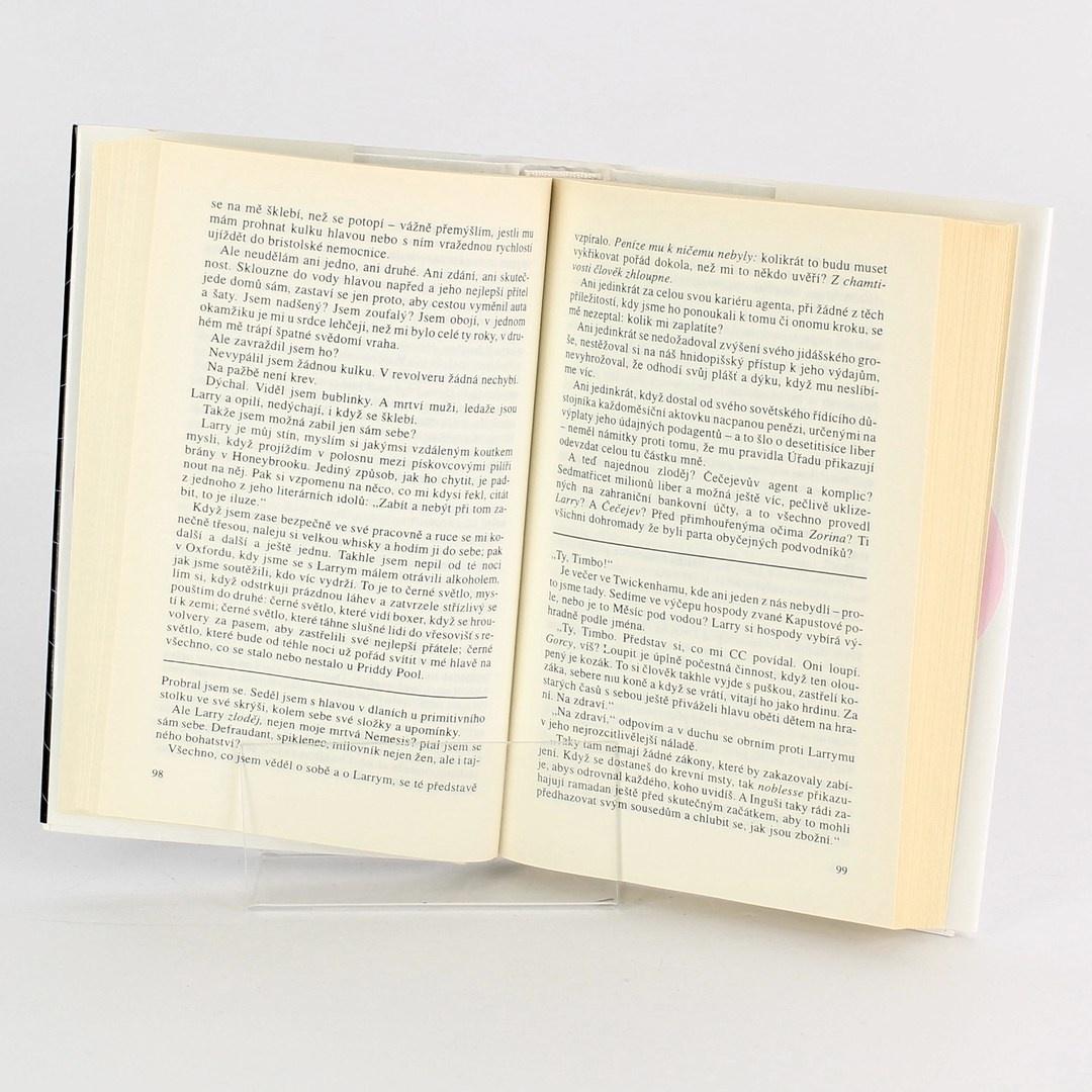 Kniha Naše hra - John Le Caré