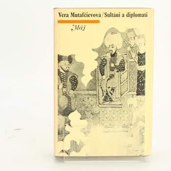 Kniha Sultáni a diplomati Vera Mutafčievová