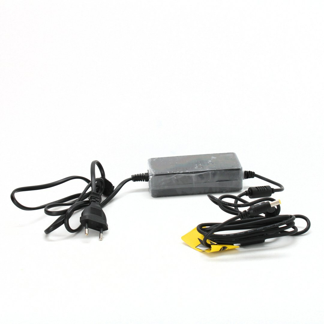 AC adaptér Trust Universal laptop charger