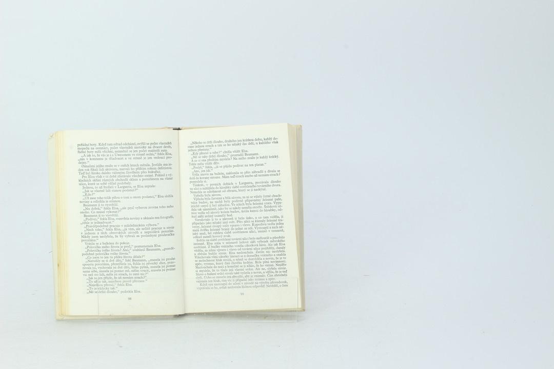 Kniha Karl-Heinz Jakobs: Všechno bylo jinak