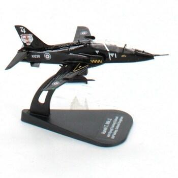 Model letadla Italeri 48145 - Hawk T