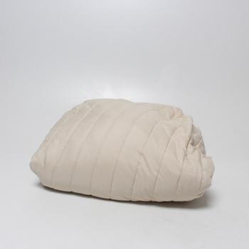 Potah na sedačku Elegant Guilted sofa cover