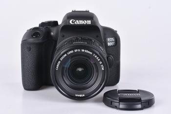 Digitální zrcadlovka Canon EOS 800D + 18-55