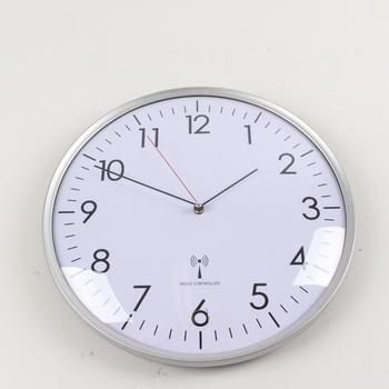 Nástěnné hodiny TFA 60.3514