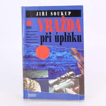 Kniha Nava Vražda při úplňku Jiří Soukup