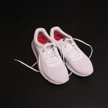 Dámské běžecké boty Nike Tanjun celobílé