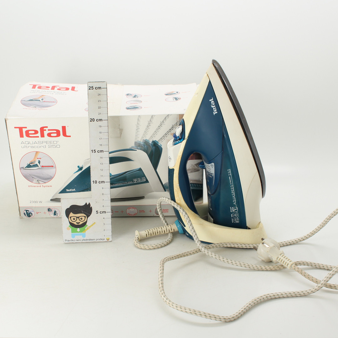 Žehlička Tefal Aquaspeed Ultra-Cord 250