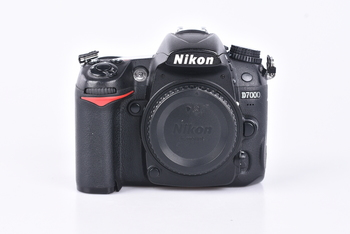 Digitální zrcadlovka Nikon D7000 tělo