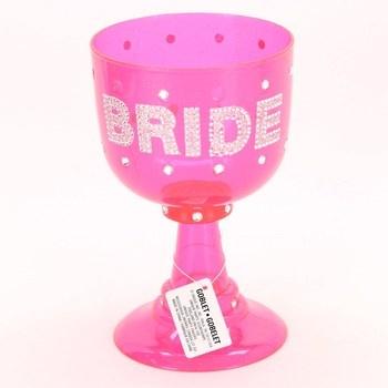 Kalich plastový Goblet růžové barvy