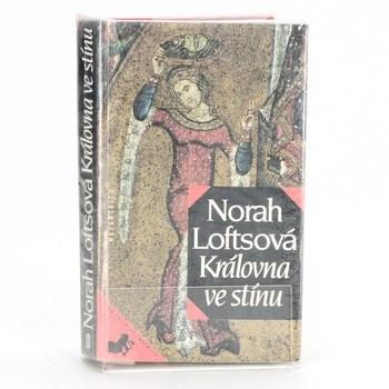 Norah Lofts: Královna ve stínu