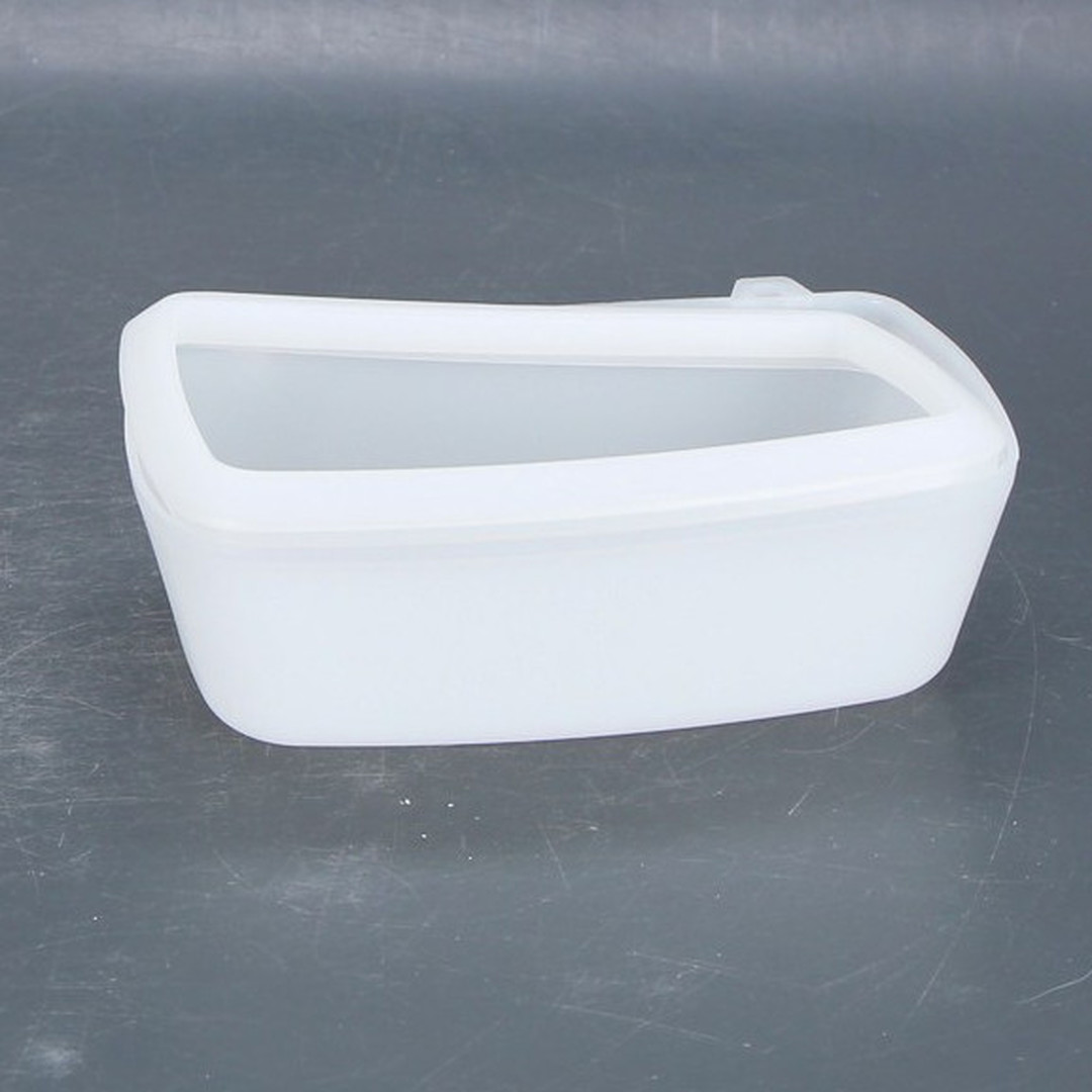 Plastová nádoba