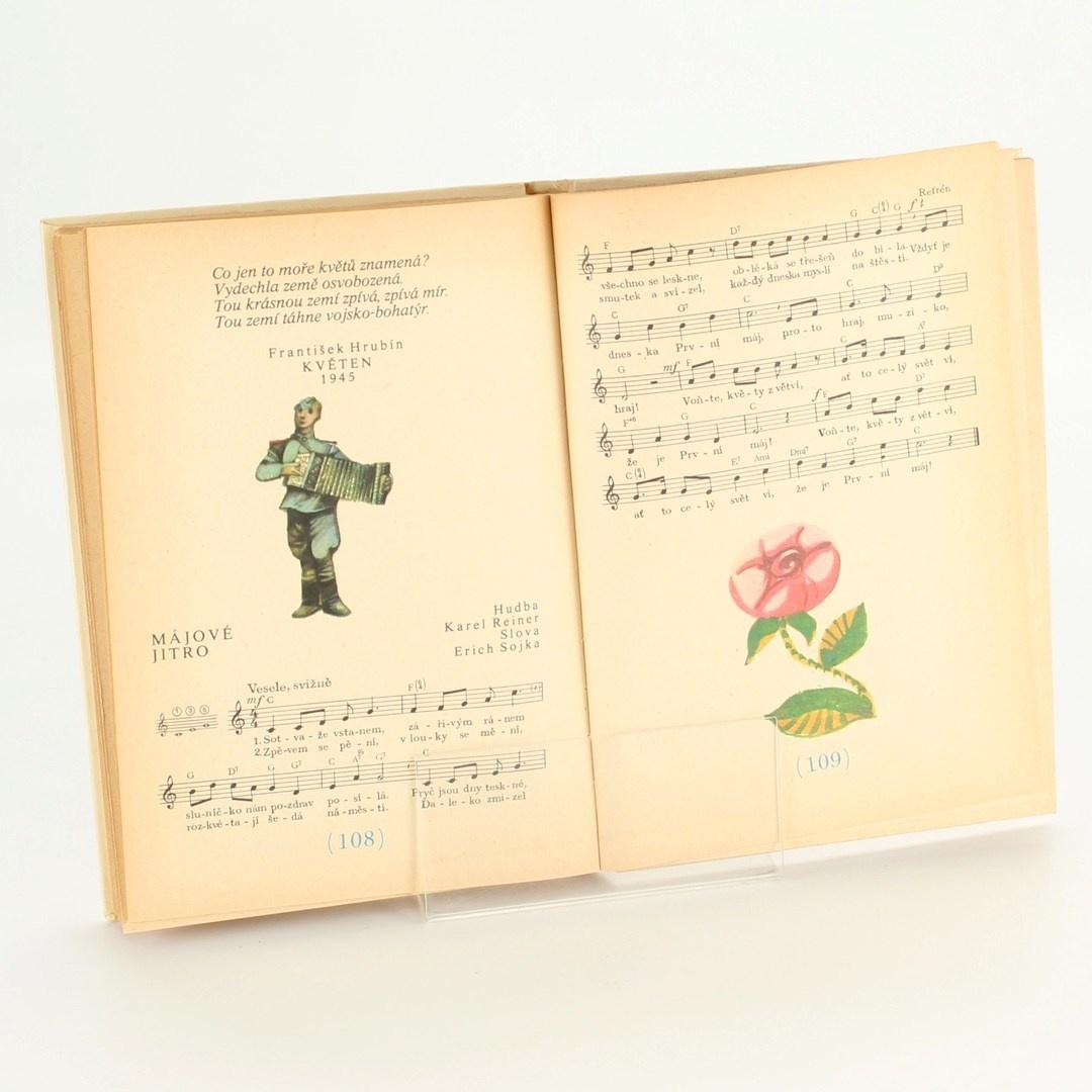 Kniha Hudební výchova 4