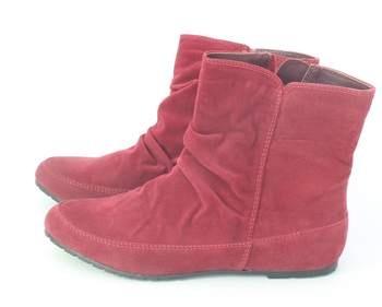 Dámské zimní boty Baťa červené