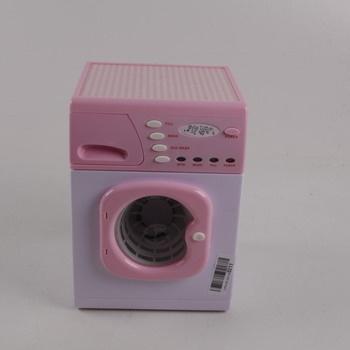 Růžová pračka Casdon 621 na baterie