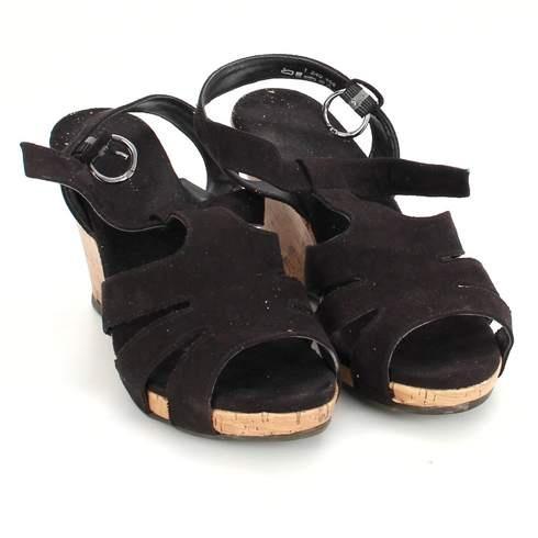 768825bce35c Dámské sandále na klínku černé - bazar