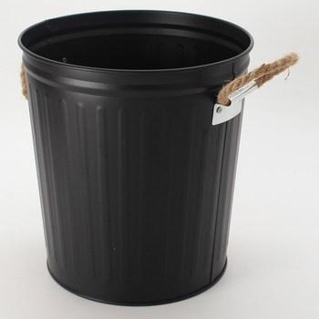 Kovový odpadkový koš Wenko Gara 6 l, černý