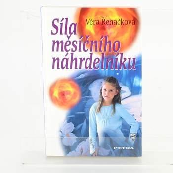 Kniha Síla měs. náhrdelníku
