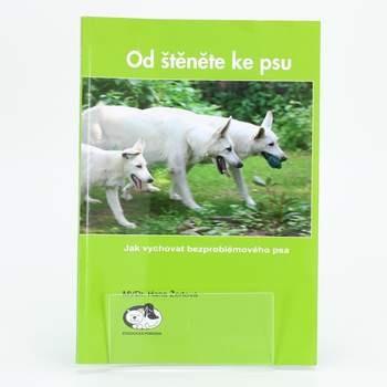 Naučná kniha Od štěněte ke psu
