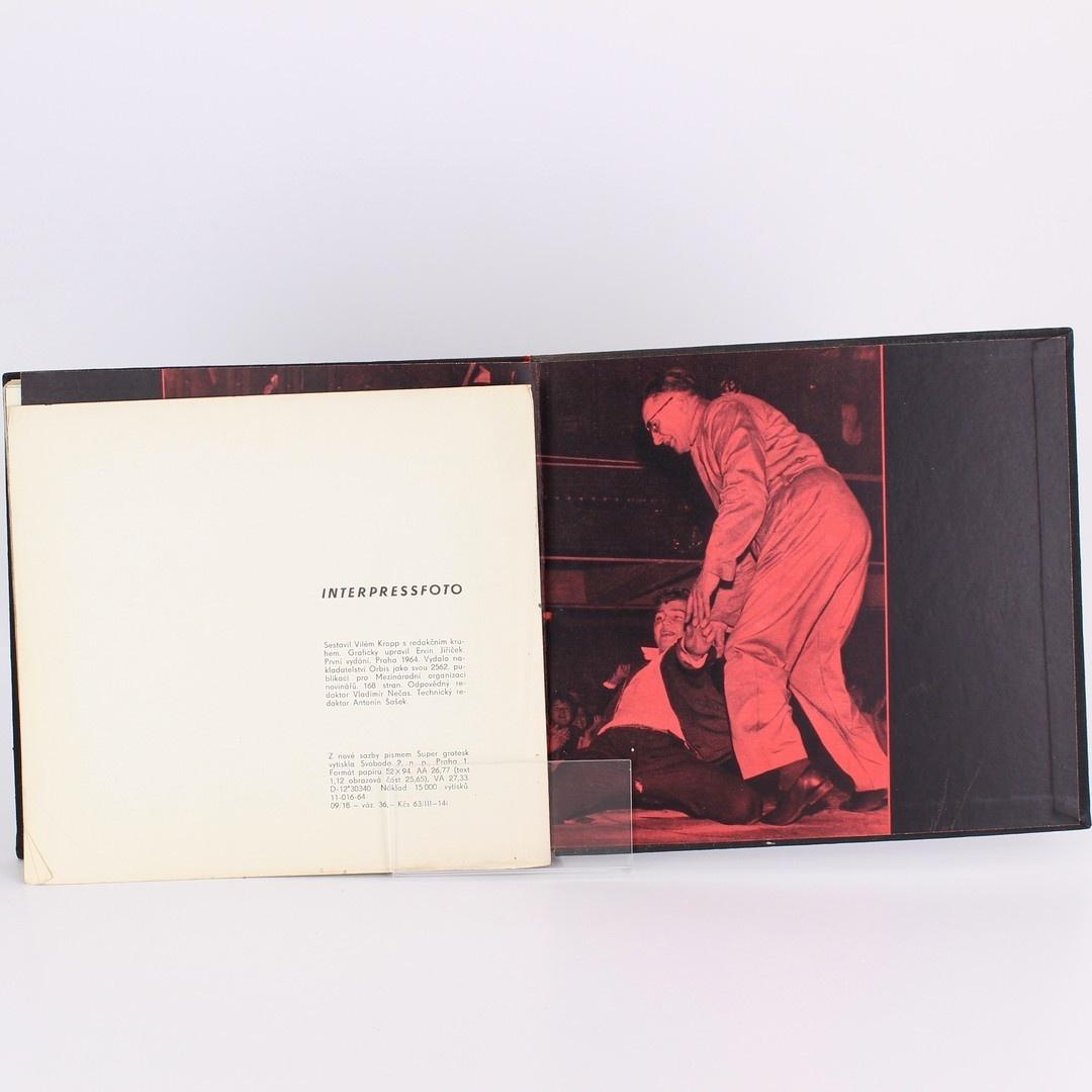 Kniha s fotografiemi Vilém Kropp: Interpressfoto