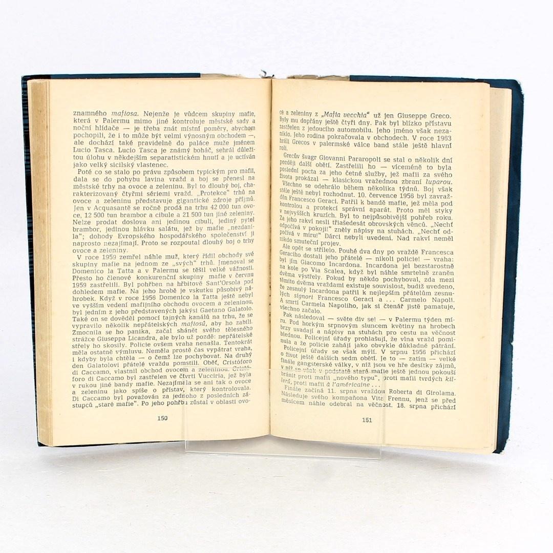 Kniha Moc a tajemství černé ruky