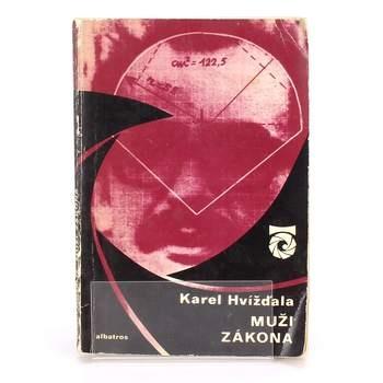 Kniha Albatros Muži zákona Karel Hvížd´ala