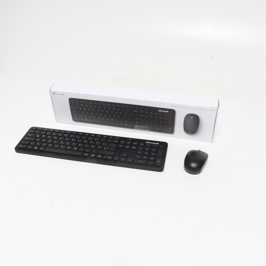 Set klávesnice a myši Microsoft Bluetooth DE
