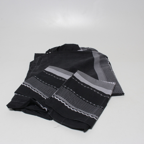 Povlečení černo šedé barvy se vzory