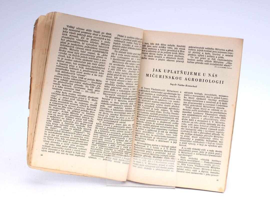 Kniha Zemědělský kalendář 1951
