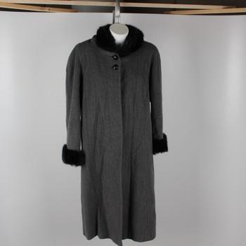 787fe00db89 Dámský kabát Malgo šedé barvy