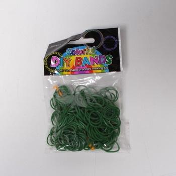 Udělej si svůj náramek tmavě zelené gumičky