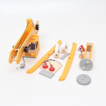Dřevěný jeřáb Hape E3011 oranžový