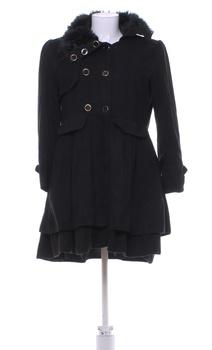 Dámský jarní kabát černý s kožíškem