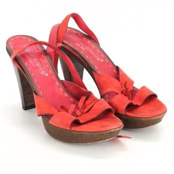 2b964baa9d4 Dámské sandále Marie Claire červené