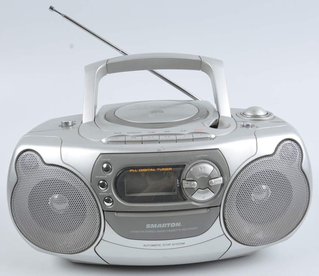 Rádio-CD magnetofon Smarton SM202