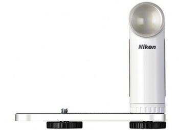 Blesk externí Nikon LD-1000 bílá barva