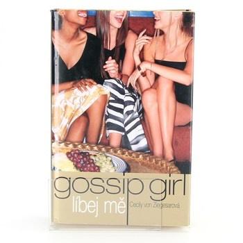 Cecily von Ziegesar: Gossip Girl: Líbej mě