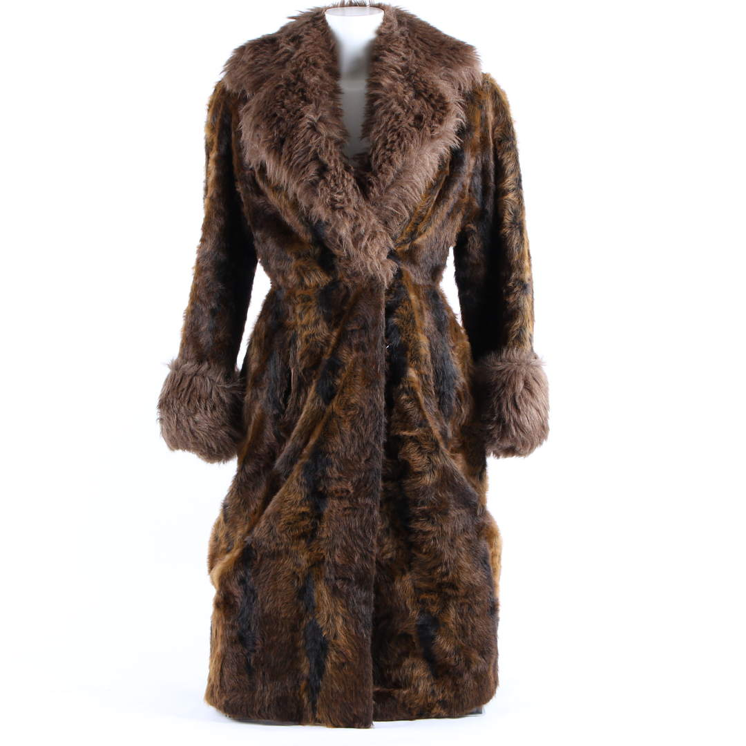 Dámský hnědý kožený kabát