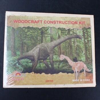 Dětské dřevěné puzzle Lamps 3D Brontosaurus