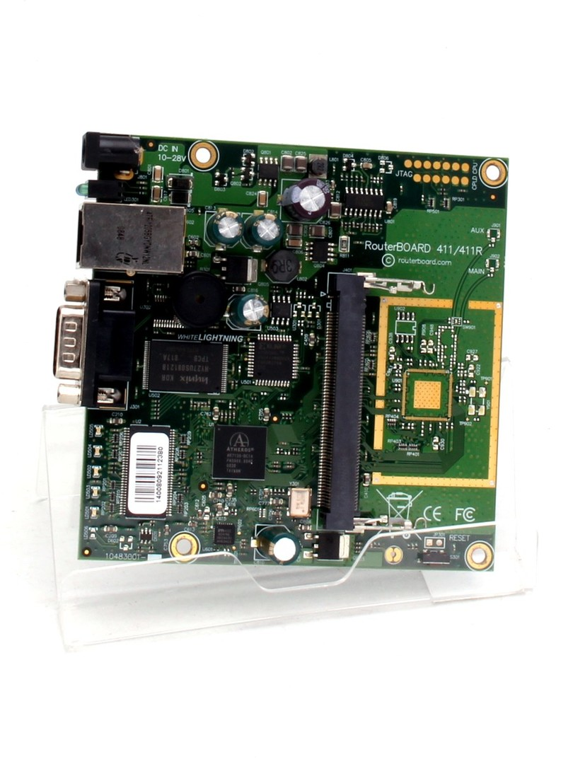 Router MikroTik RB 411