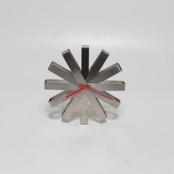 Nástěnné hodiny Umbra 118070-590 nerez